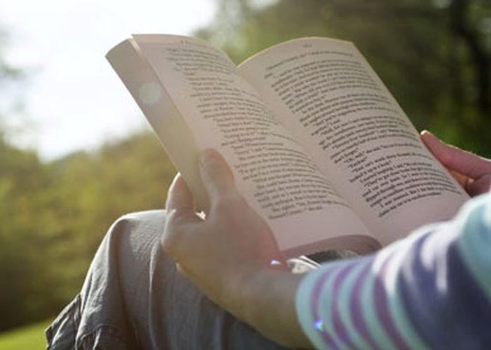 (LITERATURĂ) 17 cărţi pentru cultură generală