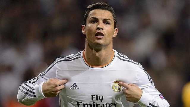 Cristiano Ronaldo face spectacol şi la antrenamente. Cum i-a uimit pe colegi