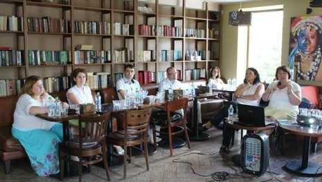 Soarta copiilor din internate a fost discutată de jurnaliști și activiști neguvernamentali