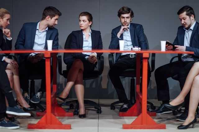 """Platforma """"Manifest pentru Dialog"""" şi spectacolul """"Antisocial"""", proiecte ale FNT 2015"""