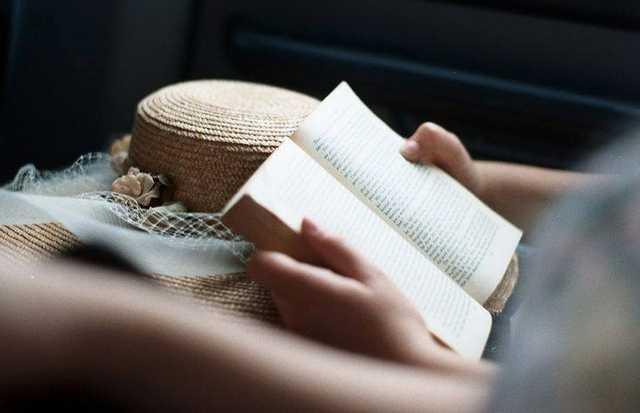 Top 10 romane de dragoste moderne ce merită să fie citite