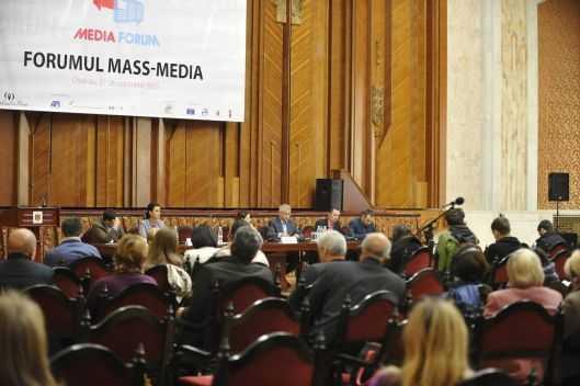 Forumul Mass-media 2015