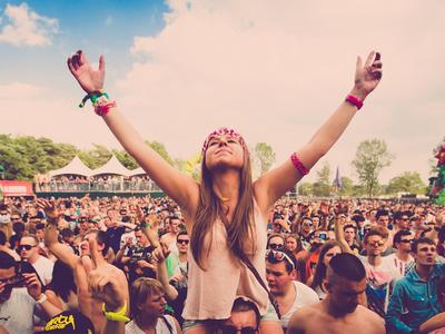 Ce trebuie sa iei cu tine atunci cînd pleci la un festival?