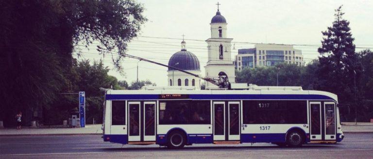 Din 1 august, transportul public din capitală va circula până după miezul nopții
