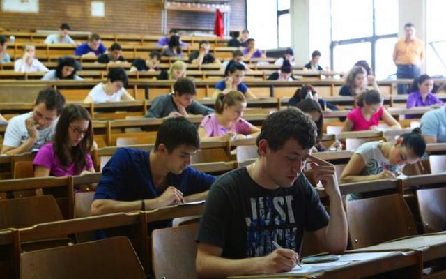 Cele mai cunoscute 5 mituri despre viața de student