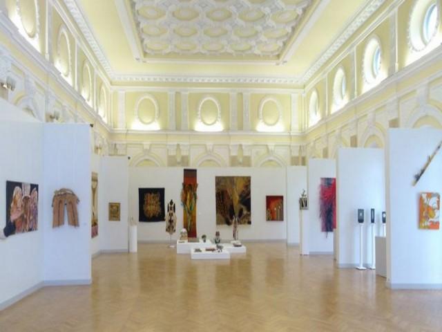 Curs gratuit de Artă Contemporană – descoperă colecții basarabene.