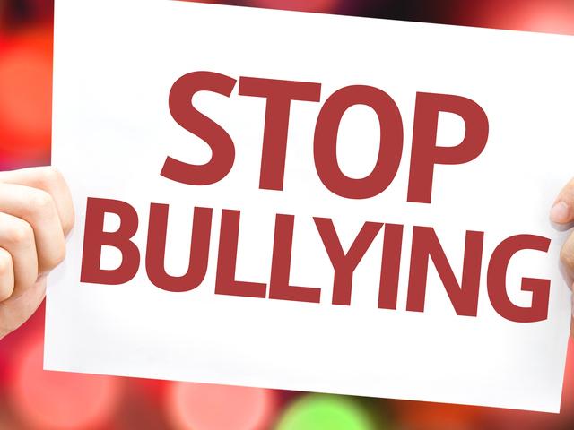 Fără apărare: bullying-ul o formă specifică de agresiune