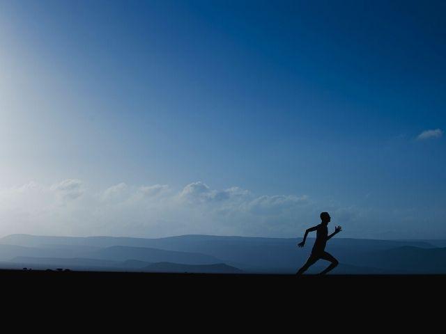 Ce obiceiuri sănătoase au oamenii pentru a se menține în formă (VOX)